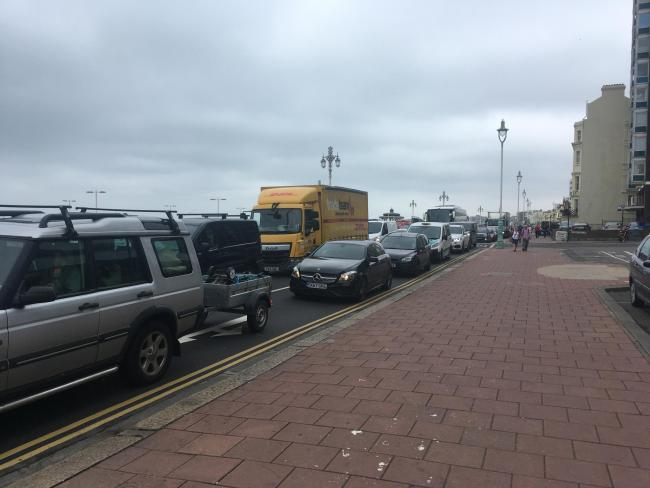 'It's traffic carmage' - motorists fuming as Portslade to Brighton takes almost an hour