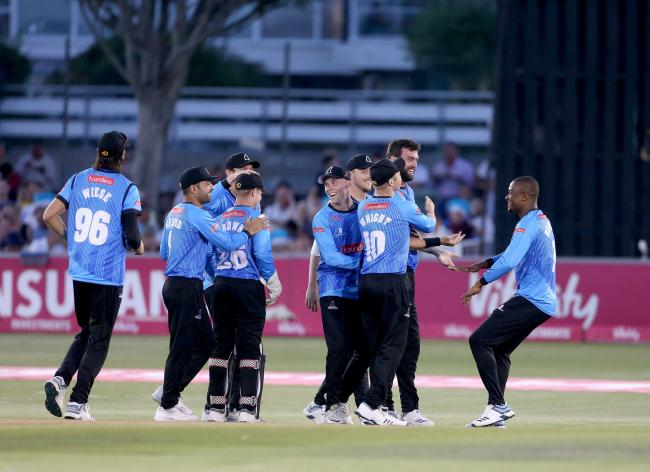 Reece Topley and Sussex celebrate. Picture: Stephen Lawrence/Sussex Cricket