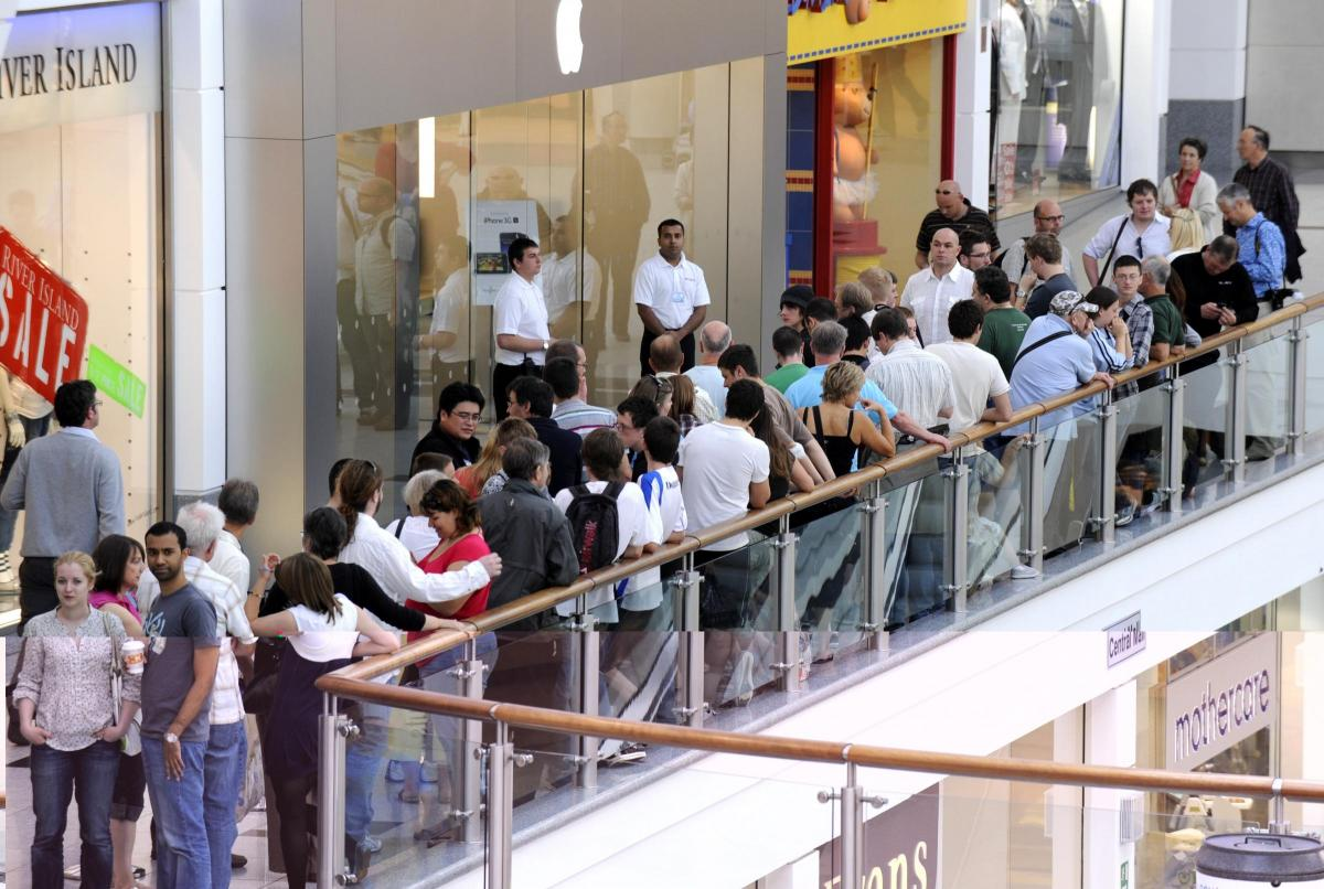 Ten years ago Apple Store opening in Churchill Square, Brighton