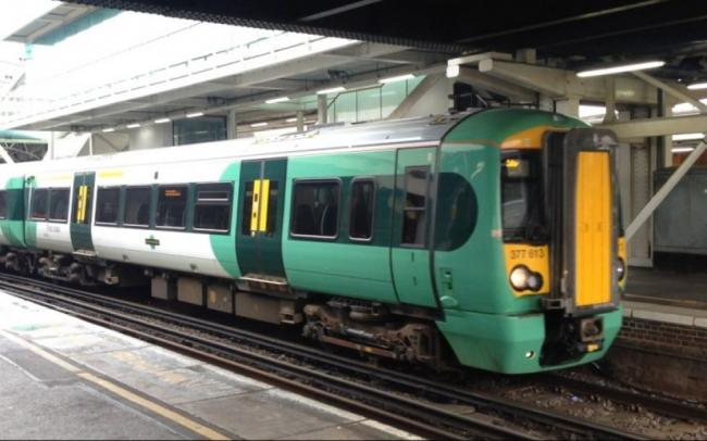 Trains cancelled and delays between London and Gatwick