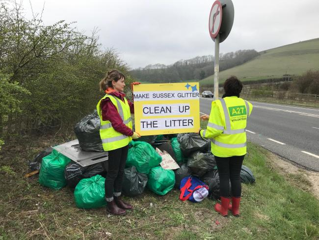 Campaigners clean up the A27