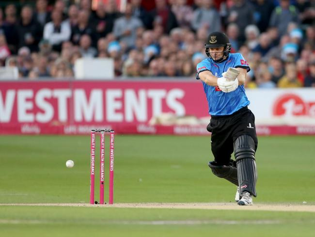 Luke Wright goes on the attack in the Vitality Blast. Picture by Stephen Lawrence (SNAP)/Sussex Cricket