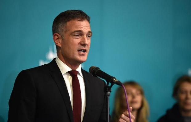 The Argus: Hove MP Peter Kyle urged daytrippers to stay away from the city this weekend