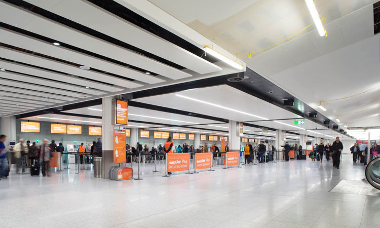 Gatwick Airport: £5 drop-off charge in force from today