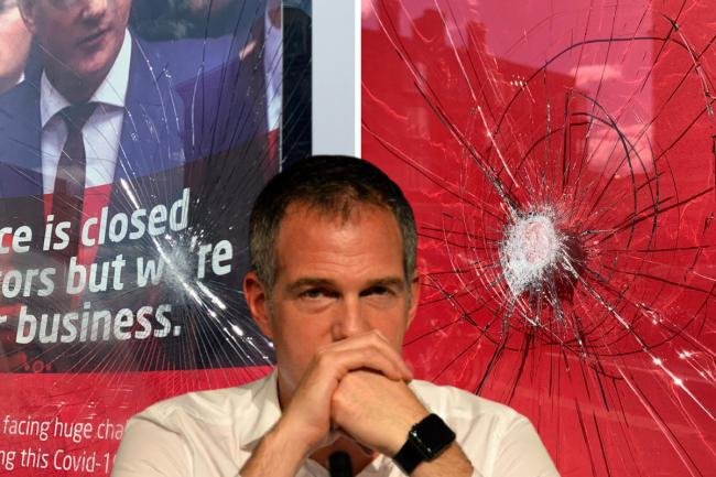 MP Peter Kyle's office is attacked with 'clawhammer' picture: @dilligaf2k10
