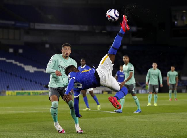 Yves Bissouma goes close with an overhead kick