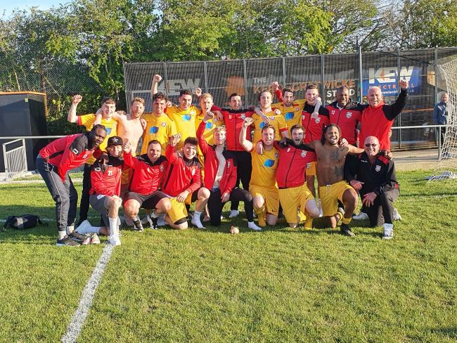 Southwick celebrate being crowned Champions of the Mid Sussex League Championship. Picture: Southwick 1882 FC