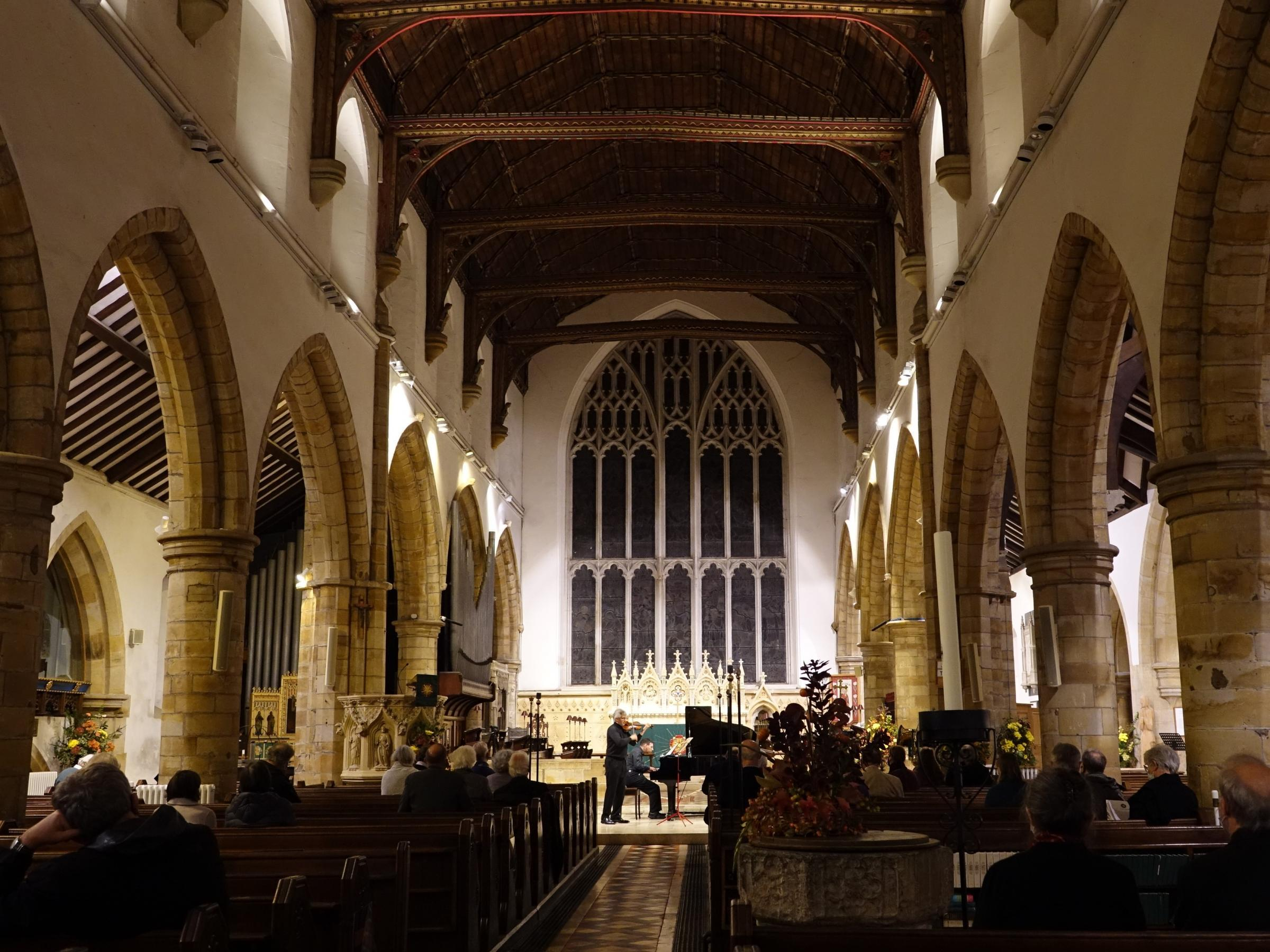 The English Music Festival will be taking place at St Marys Church, Horsham in May, including performances by the New Foxtrot Serenaders and by baritone singer Roderick Williams