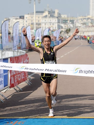 Ser-od Ba-otochir wins the Brighton Marathon today