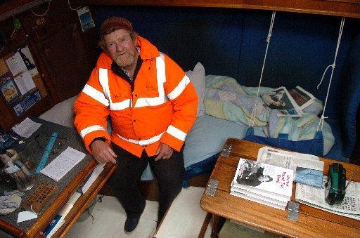 Round the world sailor returns to Sussex