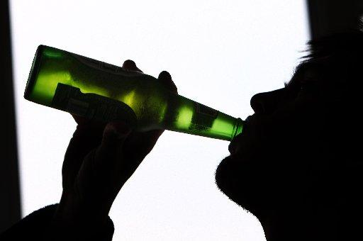 Superstrength booze ban bid at three off-licences in Hastings