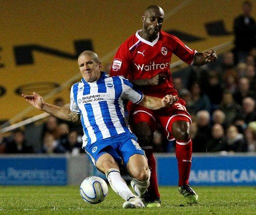 Gus Poyet would love to sign someone like Jason Roberts, pictured playing against Albion last season