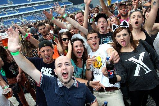 Fatboy Slim fans enjoy the Big Beach Bootique 5 gig at The Amex Stadium