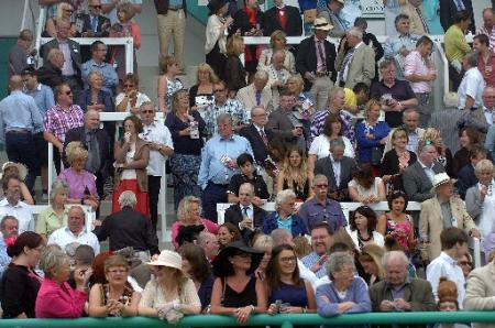 Revellers enjoy Brighton Racecourse Ladies Day