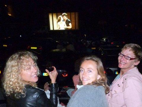 "POLICE IS THE WORD: ""Ravers"" at the open air cinema"