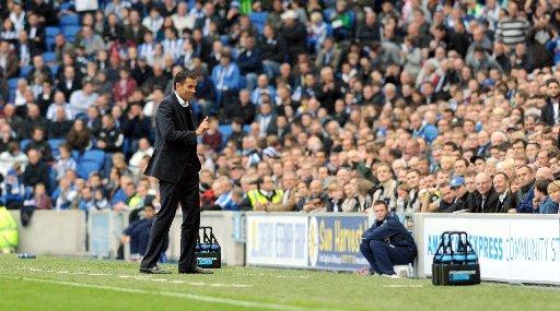 Gus Poyet on the touchline against Middlesbrough