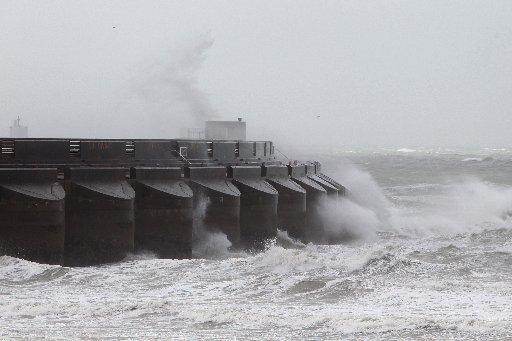 Waves batter Brighton Marina