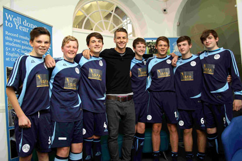 Albion player gives Hove school a sporting focus
