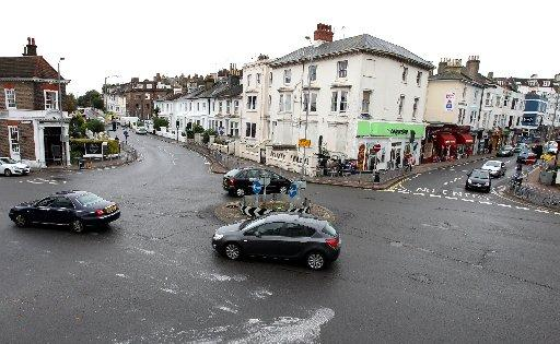 Hundreds oppose changes to the Seven Dials roundabout on the Brighton and Hove border