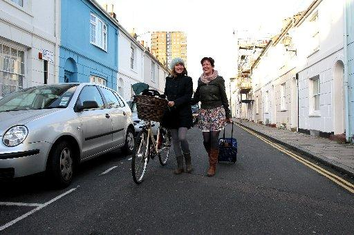 Neighbours get on in Tidy Street, Brighton