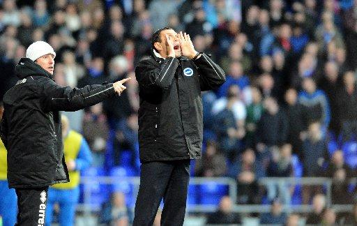 Gus Poyet shouts instructions at Portman Road