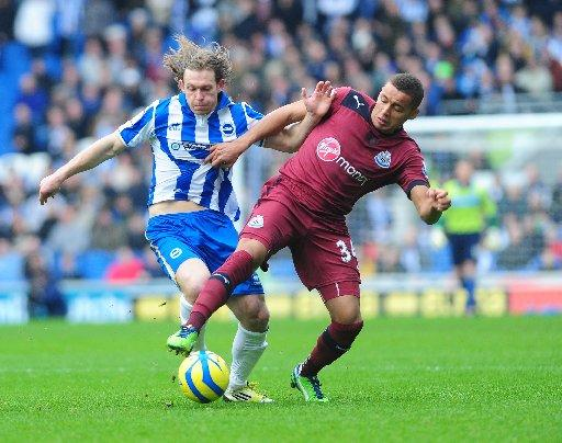 Gus Poyet wants to play Craig Mackail-Smith (left) with new signing Leonardo Ulloa, not lose him.