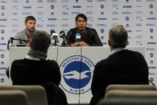 Ulloa meets the media at The Amex