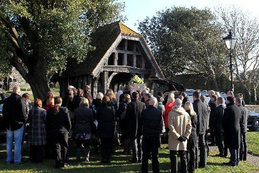 Hundreds turn out for Declan