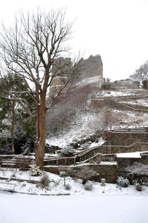 Sussex shivers as weekend snow makes way for ice