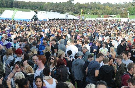 Crowds at Shakedown Festival in Stanmer Park