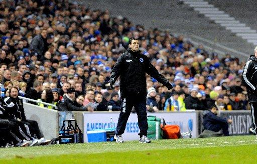 Poyet gets agitated against Hull
