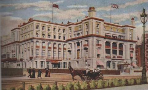 The Bedford Hotel as it once stood on Brighton seafront