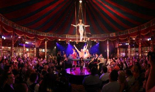 La Clique coming to the Spiegeltent
