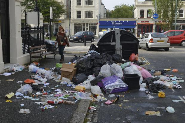 Business owners fight back over Brighton and Hove bin strike