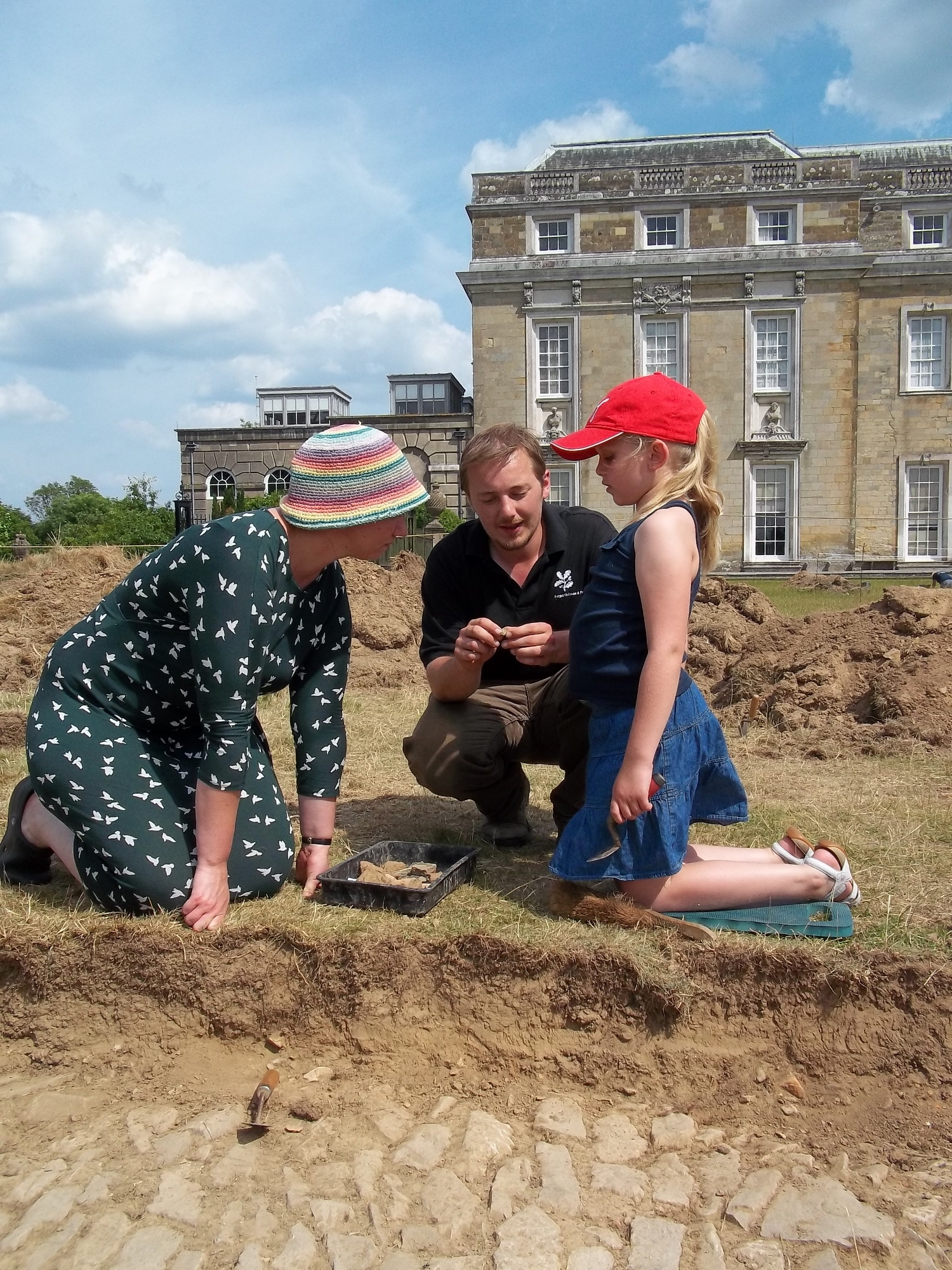 Archaeologists dig at Petworth House in search for medieval banqueting hall