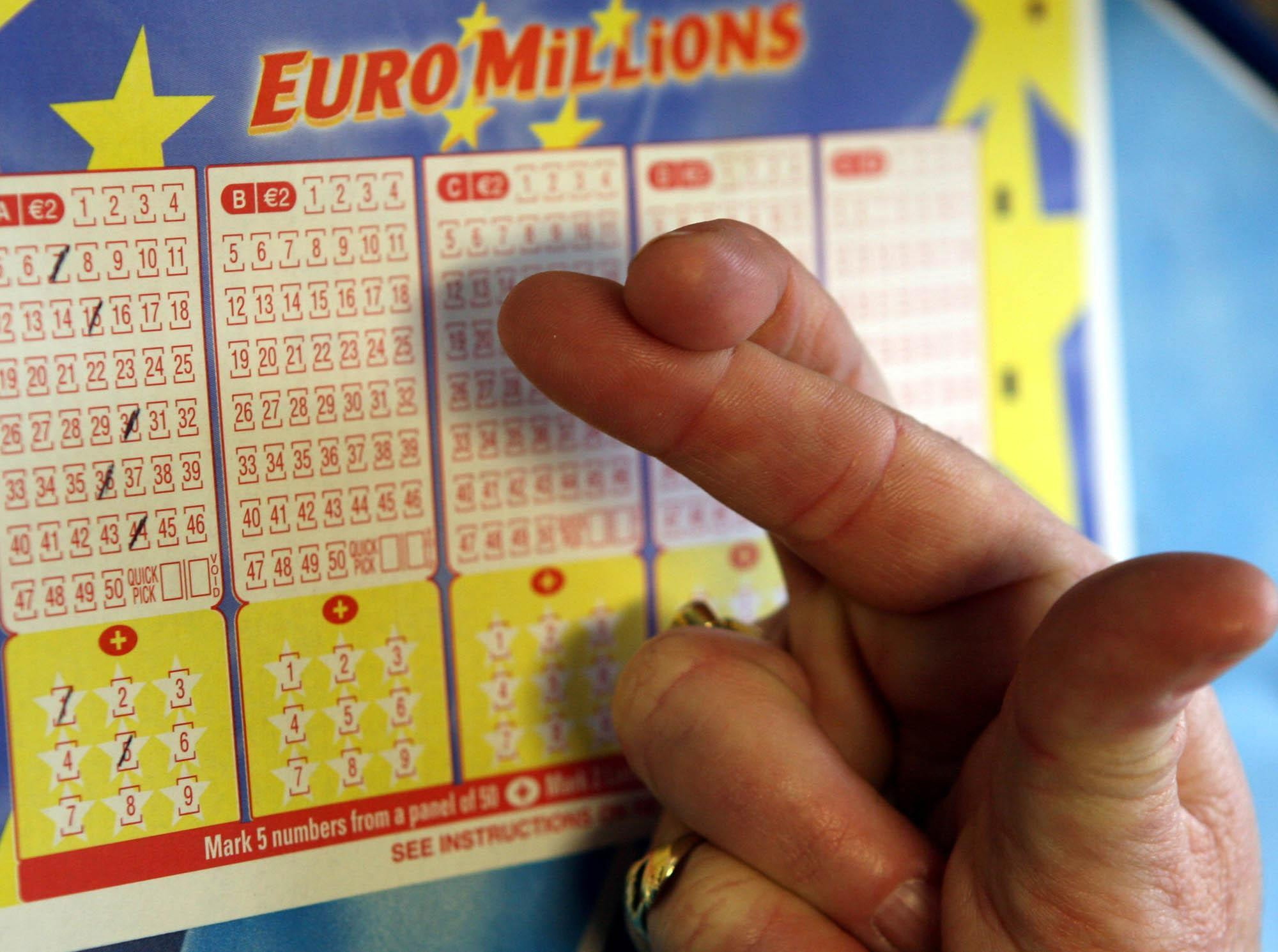 Lottery winner in Brighton and Hove claims nearly £600,000 prize