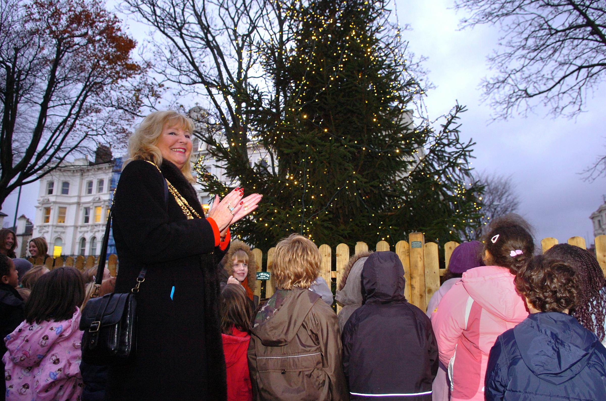 Children's Palmeira Square Christmas switch-on saved from health and safety ban