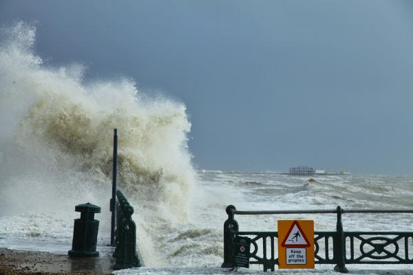 Heavy rain, gale force winds and wet snow coming as wild weather continues in Sussex