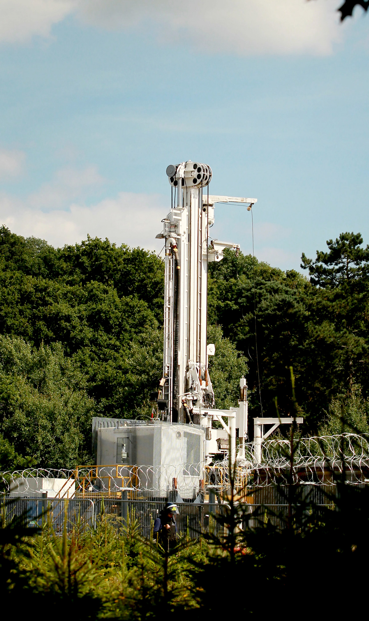 Council bosses to consider new fracking application today