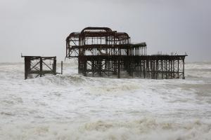 Further collapses expected at Brighton's West Pier