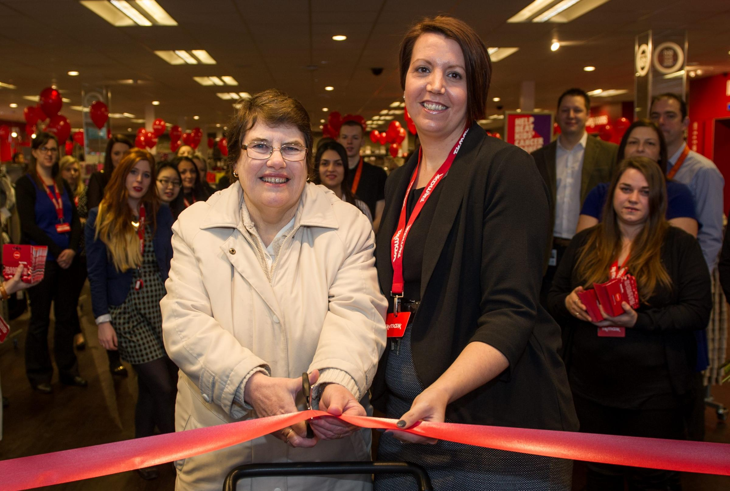 Hundreds queue for opening on TK Maxx store in Hove