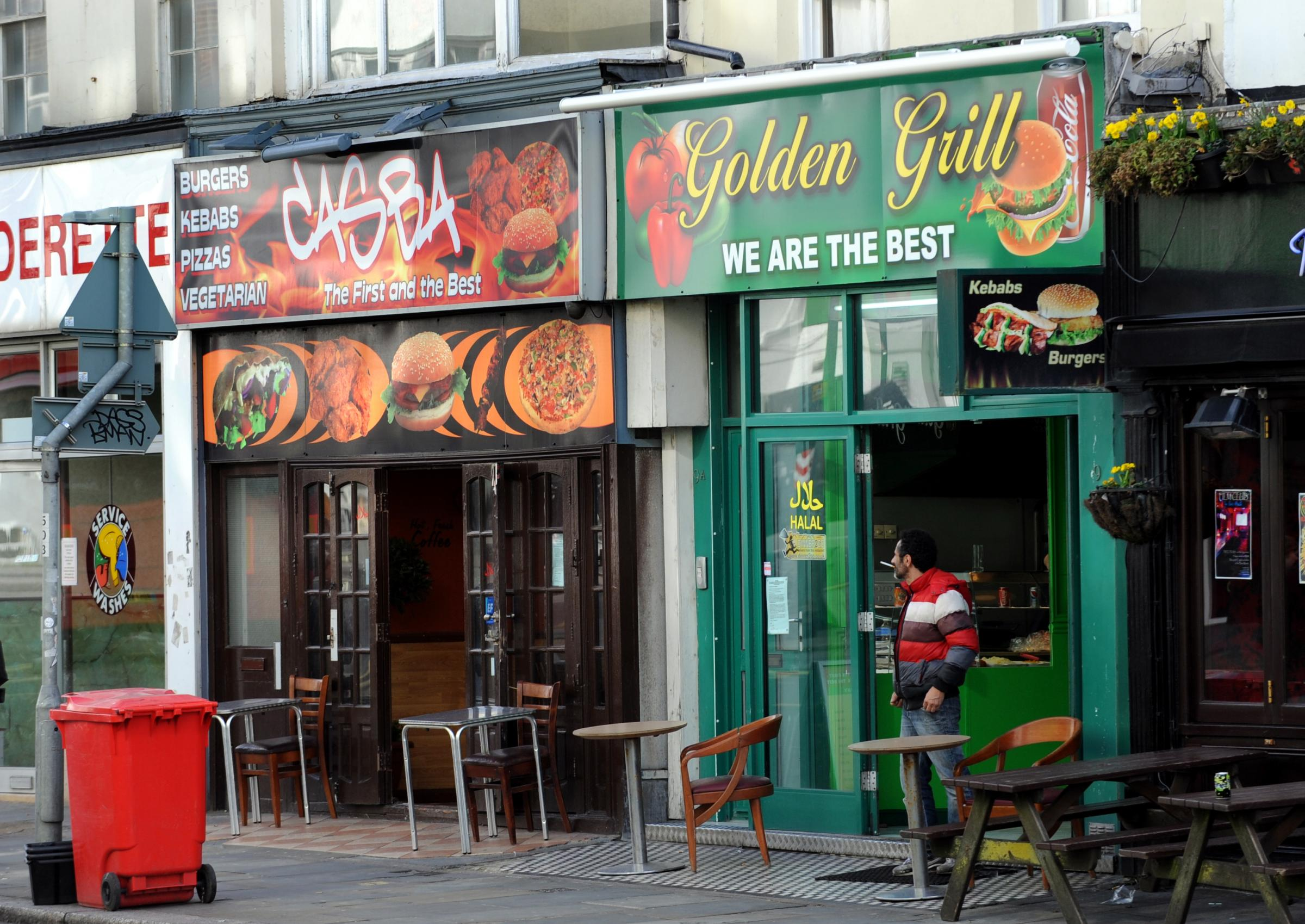 Kebab shops set to lose licence after late-night service