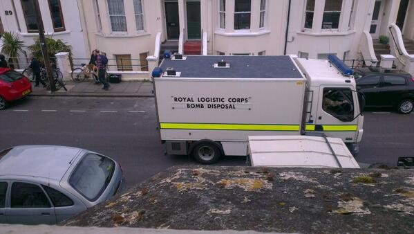 The Argus: Bomb disposal team called in (Pic by resident Nick Packham)