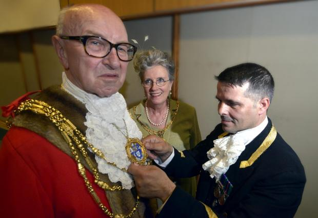 Brian's back as mayor with sense of fun