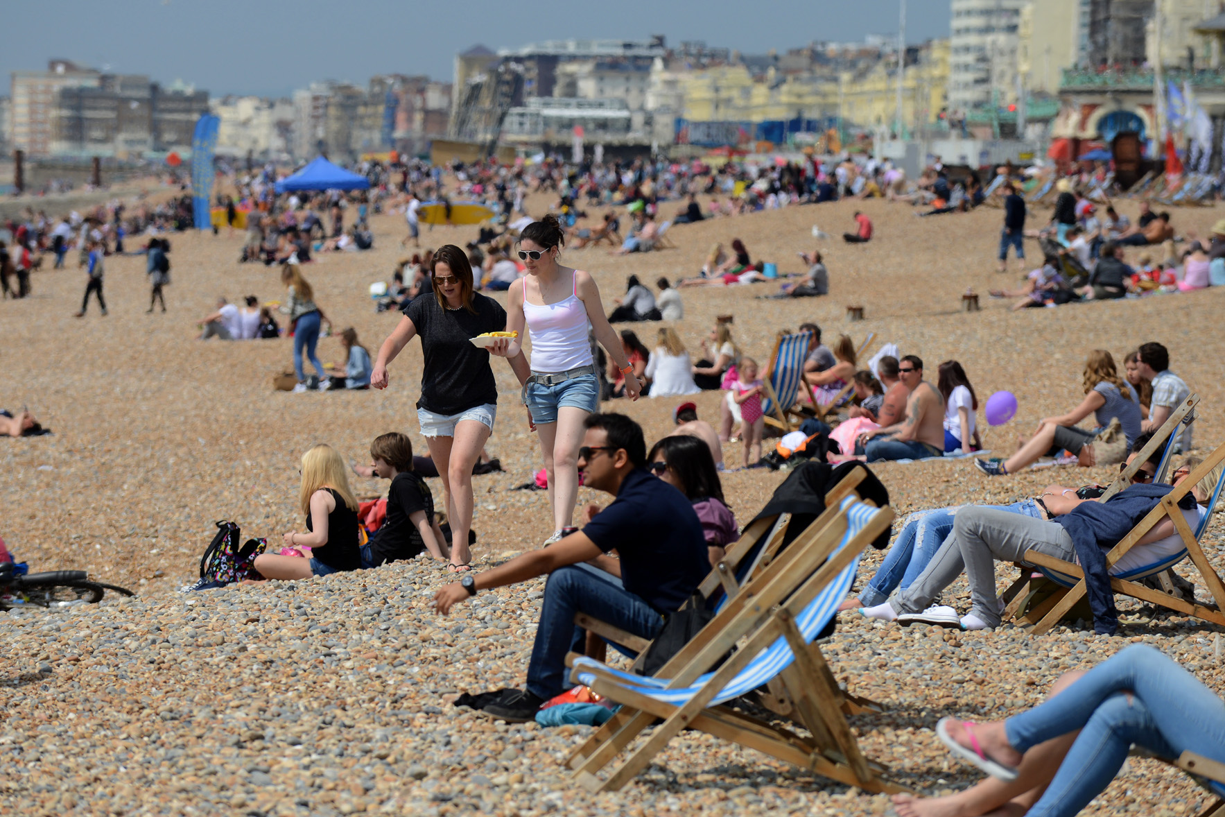 Brighton basks in sweltering weekend temperatures