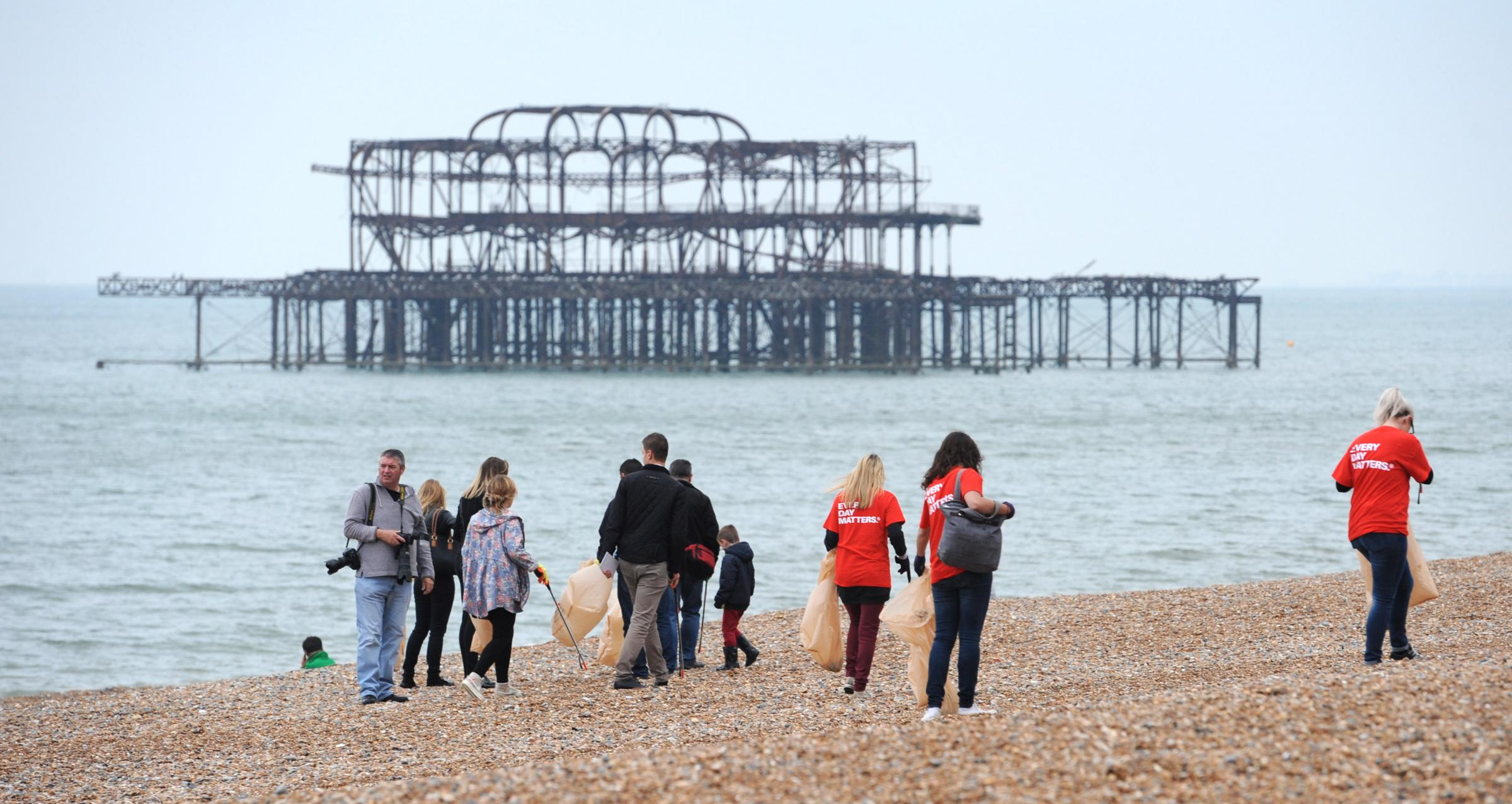 Hundreds turn out for Big Beach Clean Up