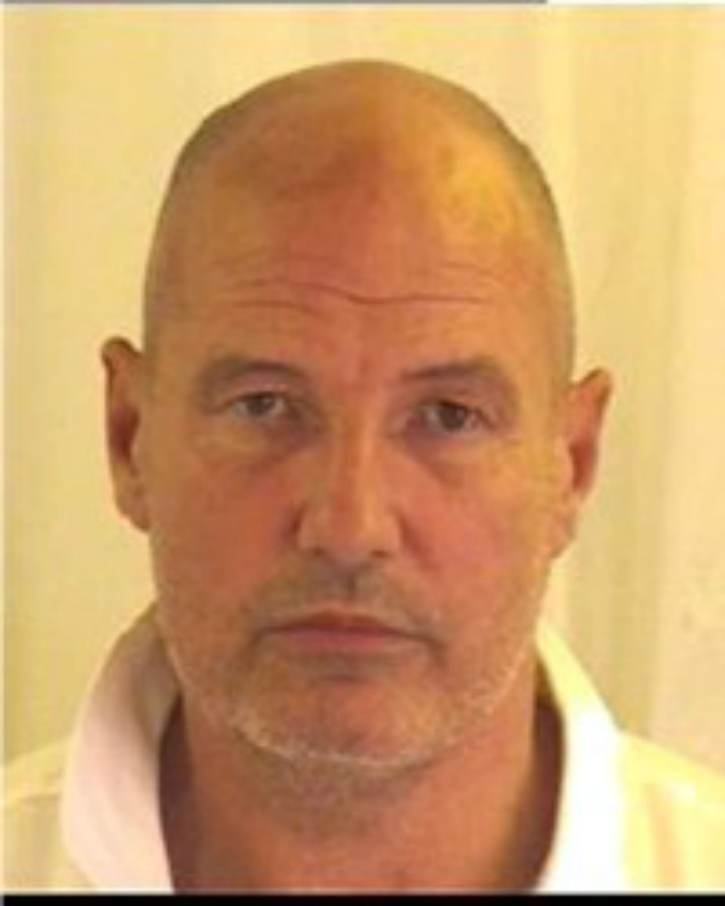 Search is on for missing prisoner