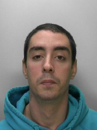 Man wanted for breaching community order