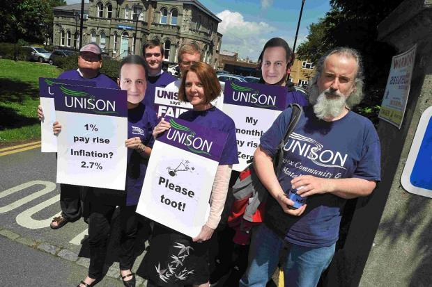 NHS workers stage protest over pay rises