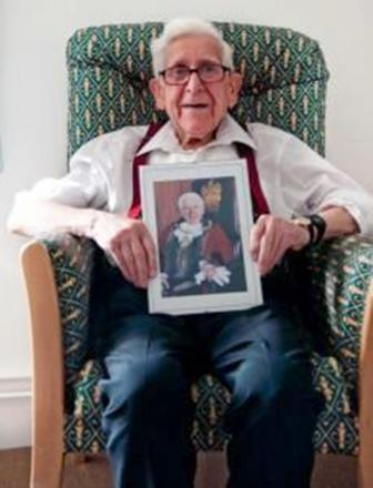 War veteran Bernard Jordan defies care home orders to make D-Day trip